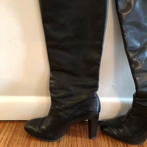 Diane Von Furstenburg Black Leather boots